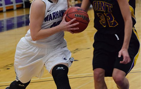 Warhawks snap skid on Senior Day