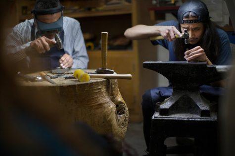 Navajo silversmiths visit Whitewater
