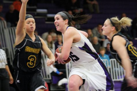 Women's Basketball: A breakdown of first round opponent, Wisconsin Lutheran College