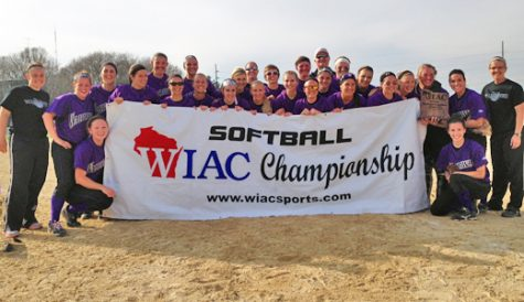 Softball: 'Hawks win WIAC tournament