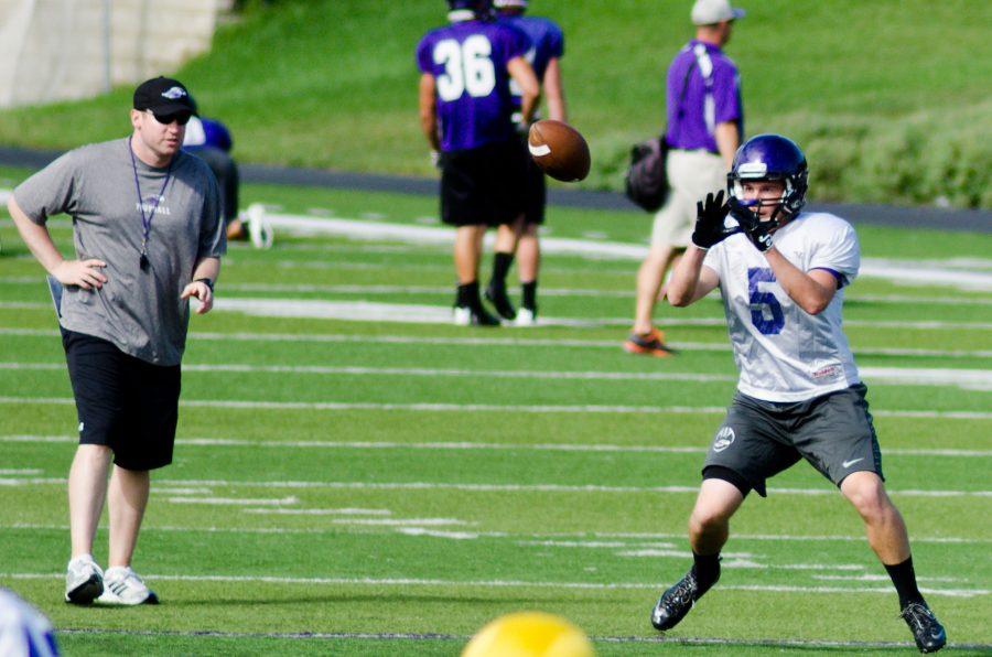 Wide receiver Collin Nolen