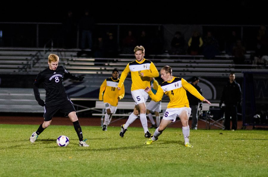 Men's Soccer: Warhawks battle through adversity