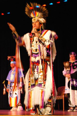 Milwaukee Native American Dance Troupe