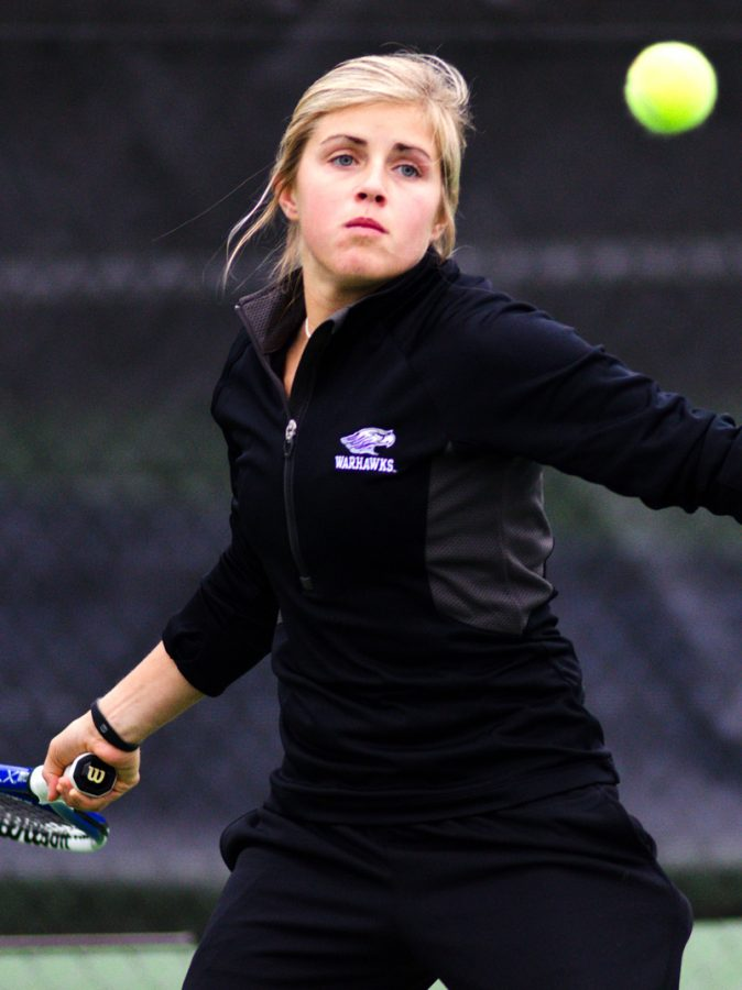 Men's and Women's Tennis: Motivated 'Hawks eye nationals
