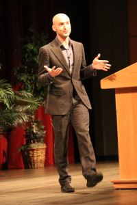 """Poet, world traveler and former mixed martial arts fighter Cameron Conaway presented """"Bare Knuckle Warrior Poetics: On Fighting, Writing and the Worlds Between,"""" a lecture dedicated to sharing his learned experiences while living in Thailand. Photo by Amber Levenhagen."""