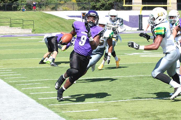Sophomore Jarrod Ware had 21 carries for 169 yards and a touchdown. Photo by Kim Gilliland