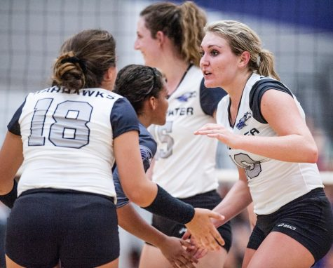 The 11th ranked UW-W volleyball team defeated the No. 17 UW-Stevens Point Pointers on Sept. 20 in a thriller to open their Wisconsin Intercollegiate Athletic Conference season.
