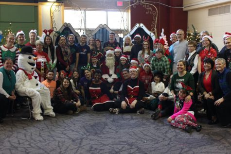 Santa hosts 25th annual breakfast event