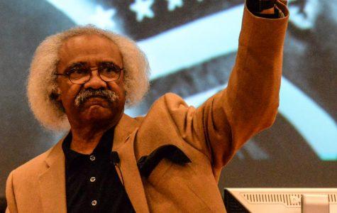 Floyd Rose talks MLK, jellybeans with students