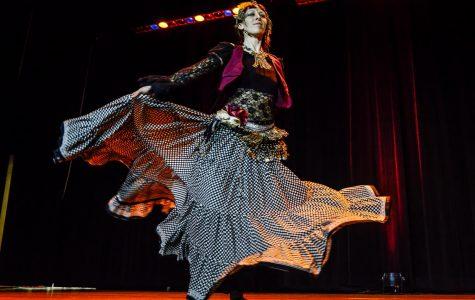 Banquet takes Warhawks around the world