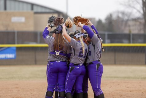 Softball bounces back from slow start, wins five of six