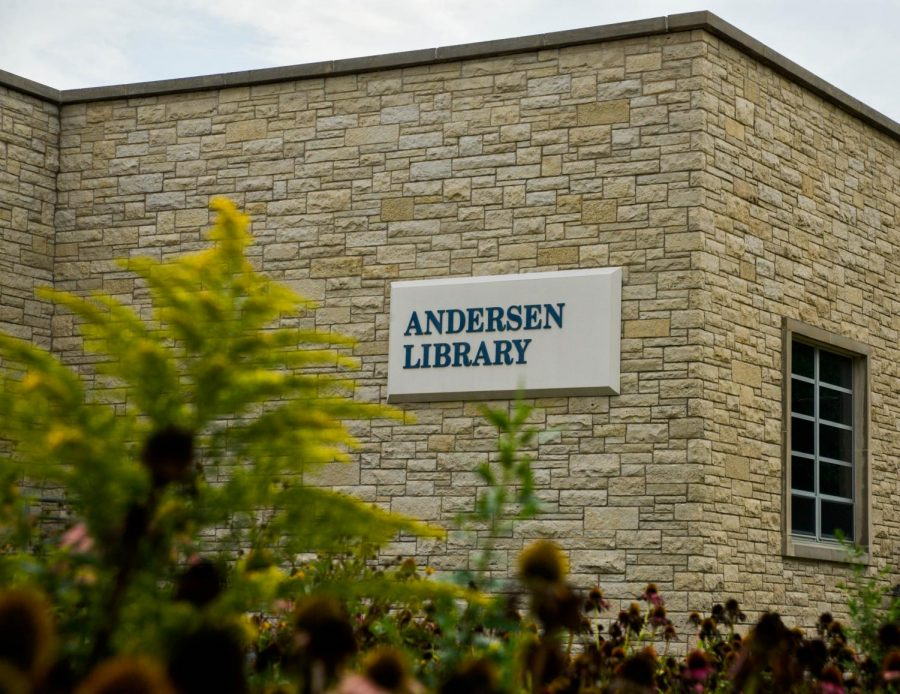 The main floor of Anderson library was remodeled over the summer, and includes fresh flooring and a new layout.