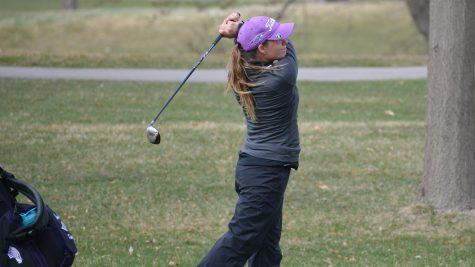 Star women's golfer bests own school record