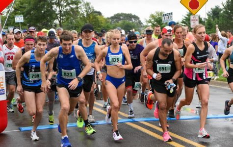 Discover Whitewater Series beats out rain