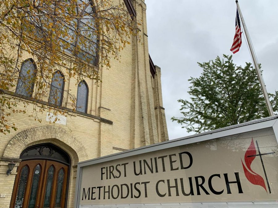 First+United+Methodist+Church+in+downtown+Whitewater+hold+free+lunches+for+college+students+every+Tuesday.+This+year+marks+the+20th+year+of+the+lunch+program.