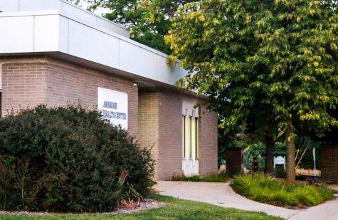 Vacancies plague mental health center