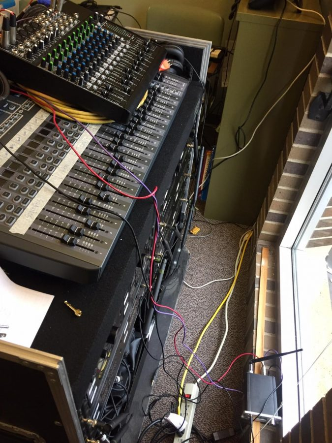 The+UW-Whitewater%E2%80%99s+Vocal+Jazz+ensemble+used+this+equipment+for+years%2C+indoors.+However%2C+now+the+Choir+uses+the+Mixers%2C+wireless+microphone+receiver%2C+and+a+FM+transmitter+for+parking+lot+rehearsals.+The+FM+transmitter+is+on+the+windowsill+near+the+bottom.+