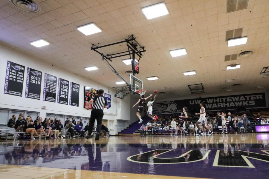 UW-Whitewater+Men%27s+Basketball+plays+UW-La+Crosse+Jan.+15+2020.+This+year%27s+winter+sports+are+delayed+to+begin+until+Jan.+1.+