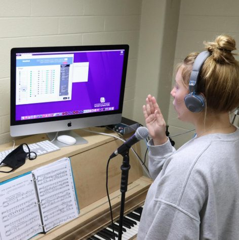 Sophomore music education major Morgan Jensen practices over a Zoom call with assistant professor of voice Rachel Wood while using the Soundjack application.