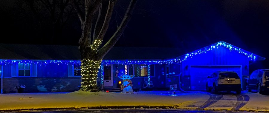 Tour around Whitewater and Jefferson County to find festive holiday decorations and vote for your top three favorite homes in the area! Voting ends Dec. 20 and the top three homes in each area will be announced on Dec. 21.
