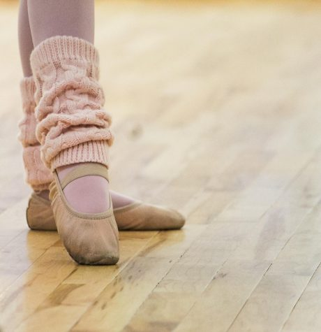 At En Fuego Ballet, children and adults can take dance classes. Not only are there children's ballet classes, but recently, adult Zumba, belly-dancing, and beginner ballet are now offered as classes at En Fuego.