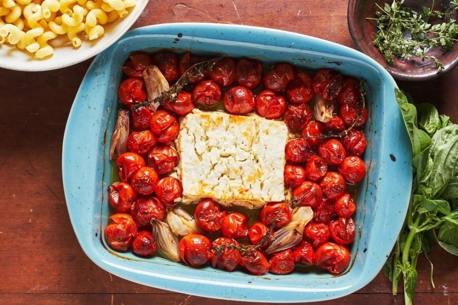 Baked feta pasta: Bask in the deliciousness!